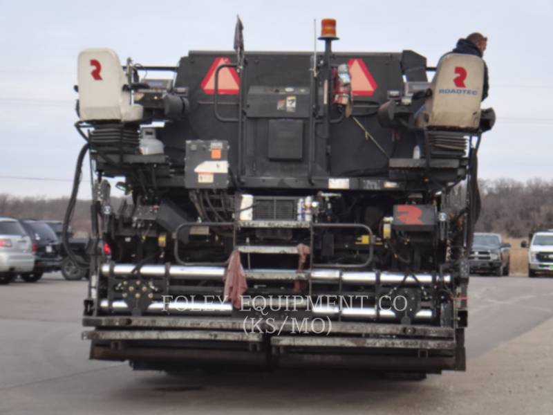 ROADTEC ASPHALT PAVERS SP-200 equipment  photo 6