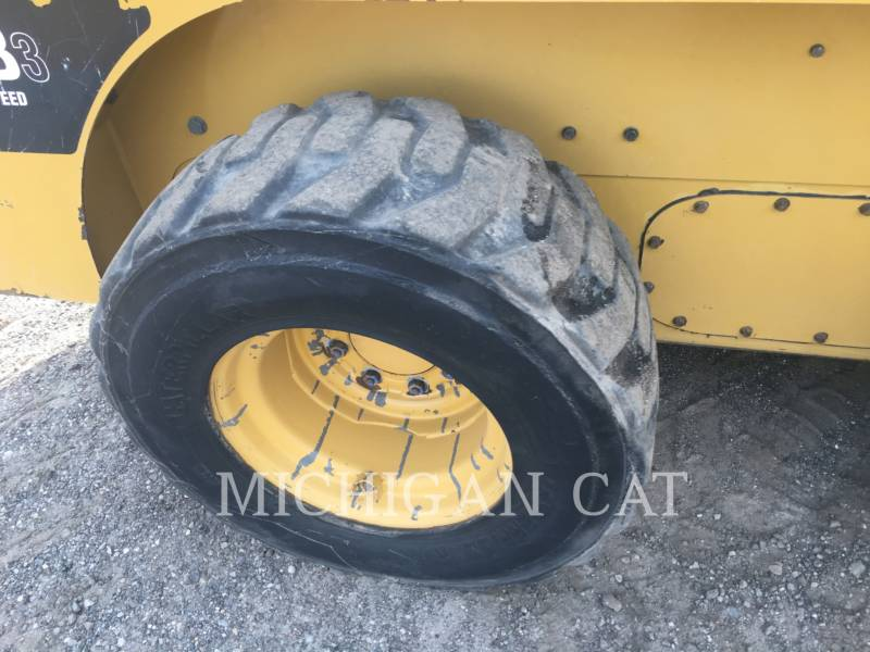 CATERPILLAR SKID STEER LOADERS 252B3 C2Q equipment  photo 10