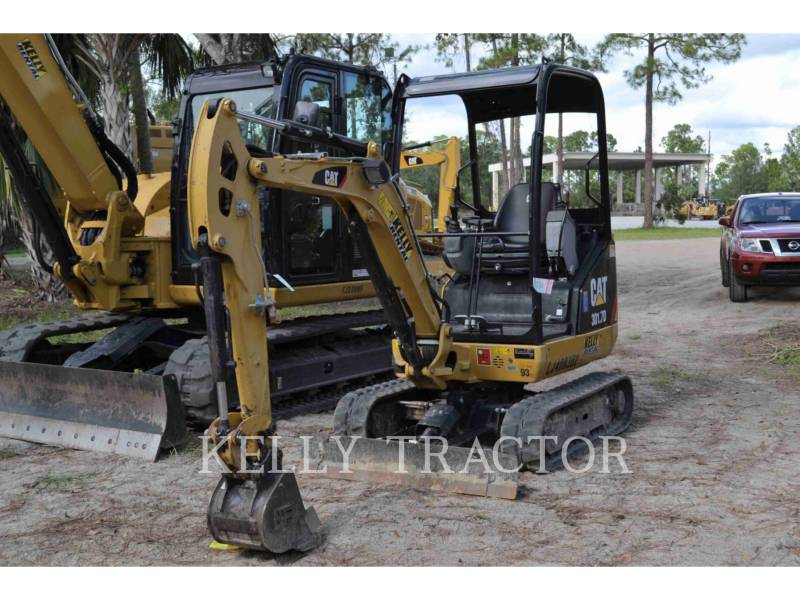 CATERPILLAR EXCAVADORAS DE CADENAS 301.7D equipment  photo 2