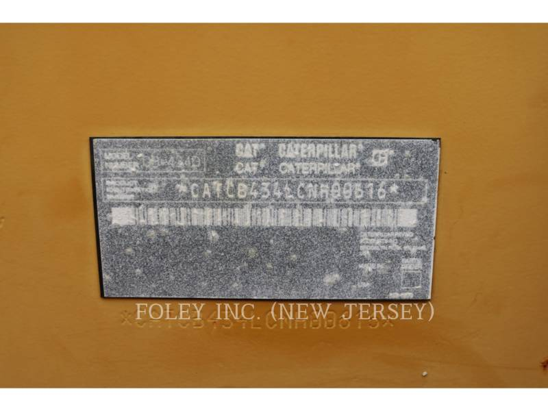 CATERPILLAR TANDEMVIBRATIONSWALZE, ASPHALT CB-434D equipment  photo 6