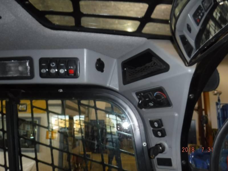 CATERPILLAR MULTI TERRAIN LOADERS 259D equipment  photo 13