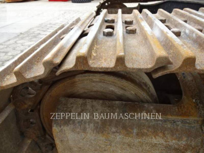 CATERPILLAR TRACK EXCAVATORS 329D2L equipment  photo 20