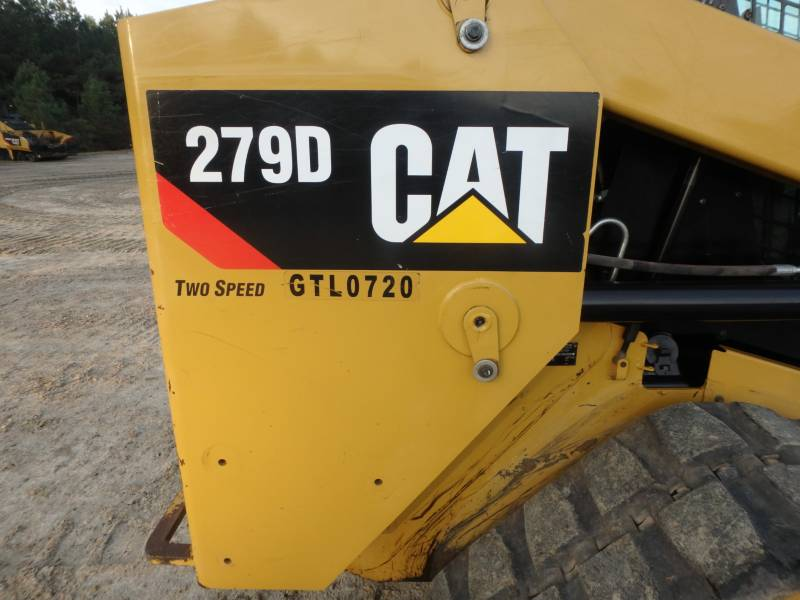 CATERPILLAR MULTI TERRAIN LOADERS 279D equipment  photo 24