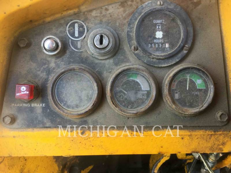 JOHN DEERE WHEEL LOADERS/INTEGRATED TOOLCARRIERS 544B equipment  photo 21