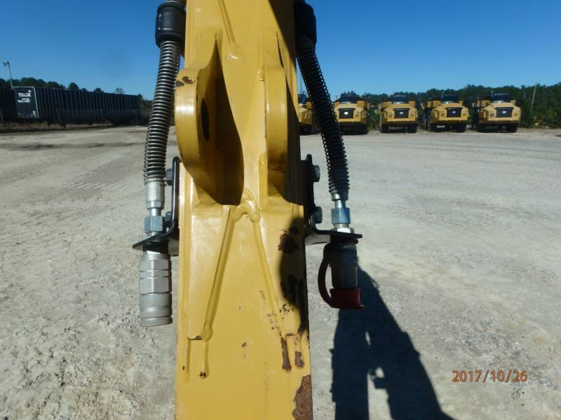 CATERPILLAR トラック油圧ショベル 303.5E2CR equipment  photo 16
