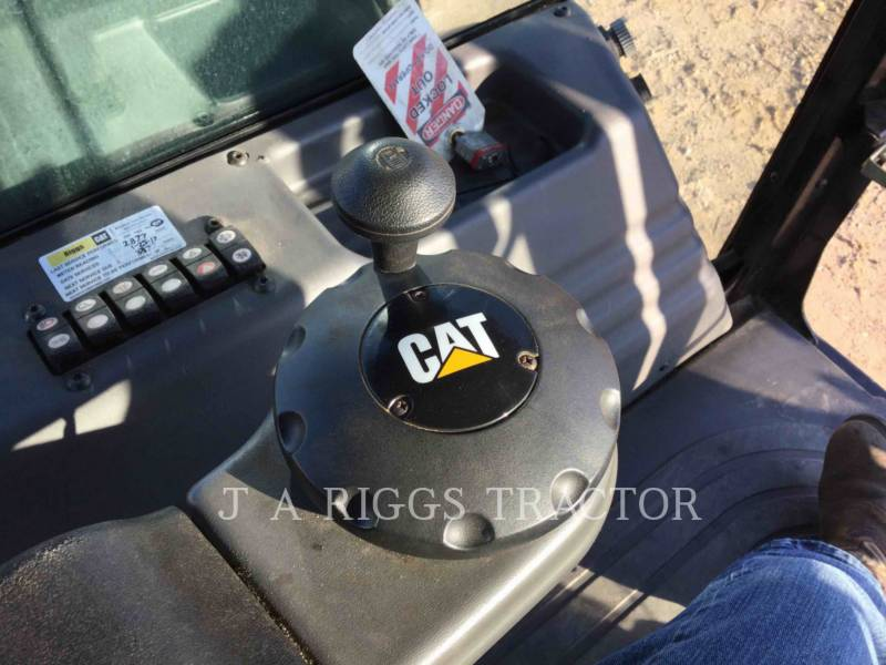 CATERPILLAR COMPACTADORES CD54B equipment  photo 16
