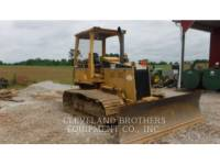 CATERPILLAR TRACK TYPE TRACTORS D4C LGP equipment  photo 2