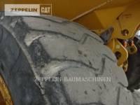 CATERPILLAR KNICKGELENKTE MULDENKIPPER 745C equipment  photo 16