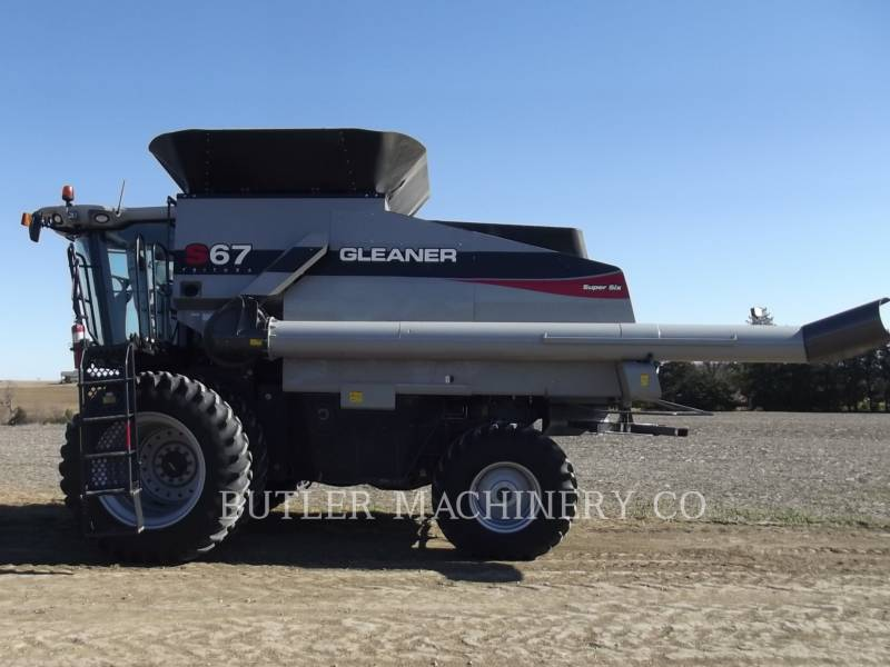 GLEANER COMBINADOS S67 equipment  photo 8