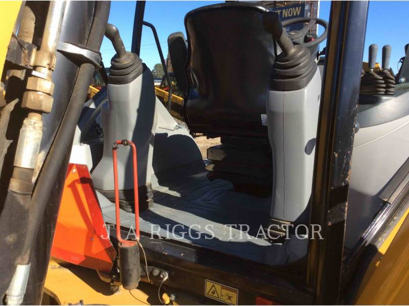 CATERPILLAR BACKHOE LOADERS 420FST equipment  photo 24