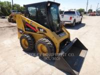 CATERPILLAR SKID STEER LOADERS 226B2 equipment  photo 1