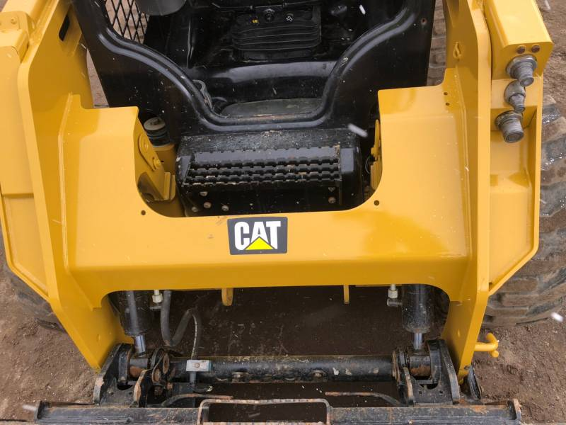 CATERPILLAR MINICARGADORAS 242D equipment  photo 16