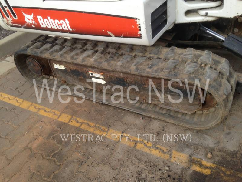 BOBCAT PELLES SUR CHAINES 328 equipment  photo 5