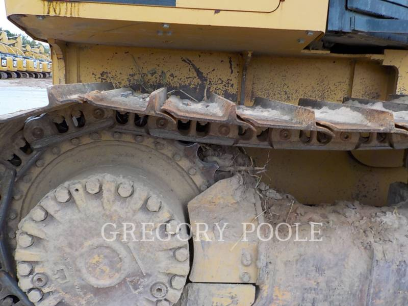 CATERPILLAR TRACK TYPE TRACTORS D3K2 LGP equipment  photo 19