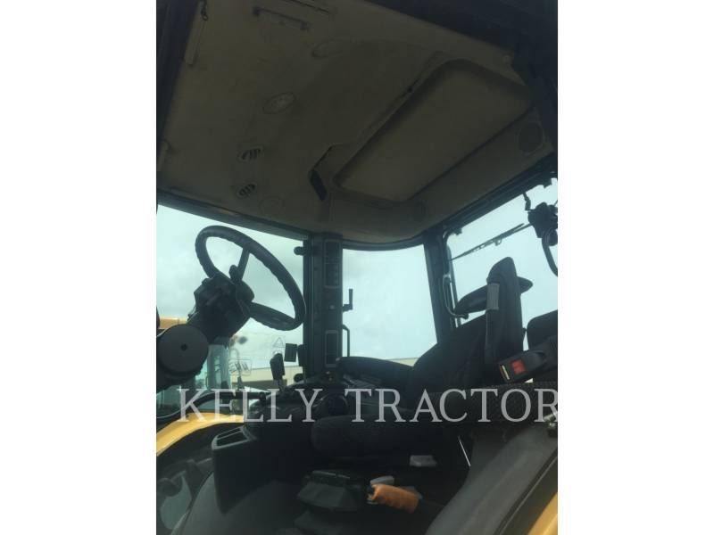AGCO-CHALLENGER AG TRACTORS MT575D equipment  photo 2