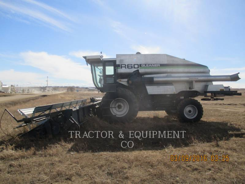 GLEANER COMBINADOS R60 equipment  photo 1