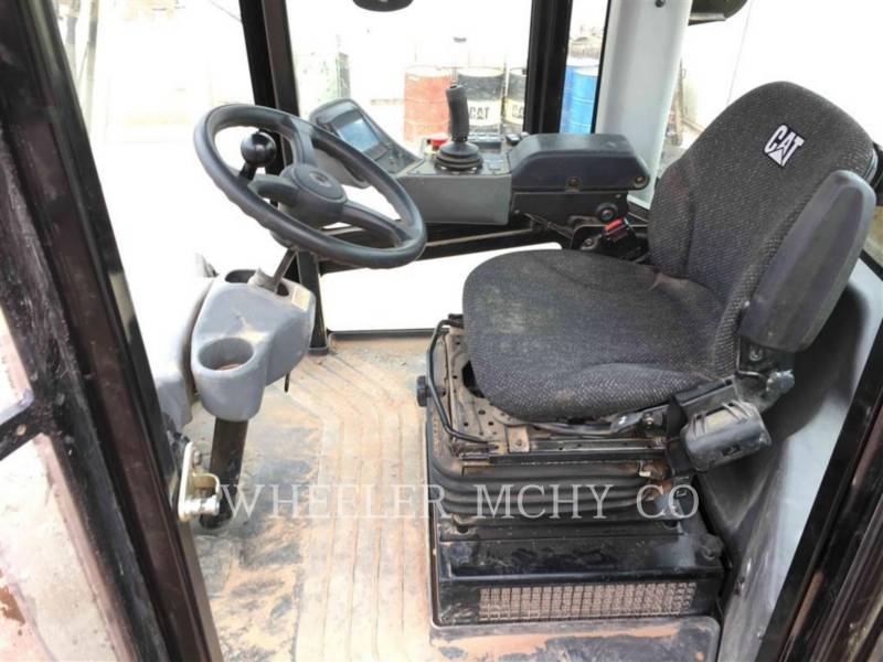 CATERPILLAR COMPACTEUR VIBRANT, MONOCYLINDRE LISSE CS74B equipment  photo 5