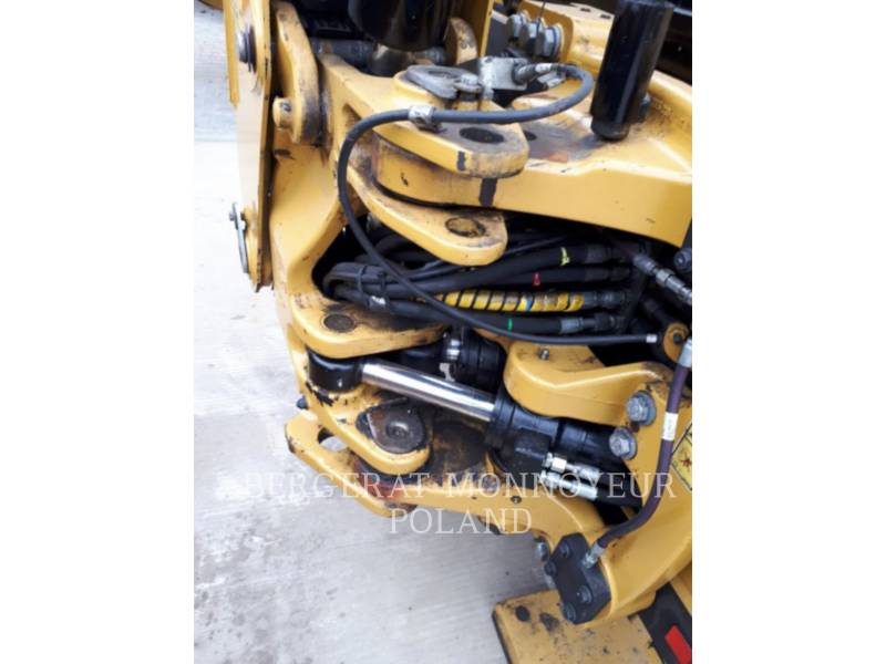 CATERPILLAR CHARGEUSES-PELLETEUSES 428F equipment  photo 7