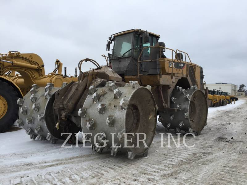 CATERPILLAR TRACTEURS SUR PNEUS 836K equipment  photo 3