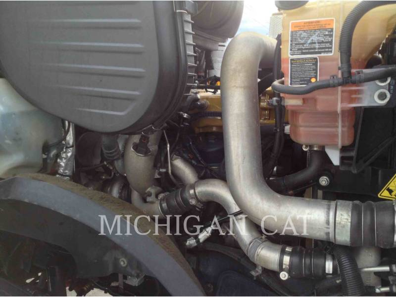 CATERPILLAR CAMIONES DE CARRETER CT660 T13A6 equipment  photo 11