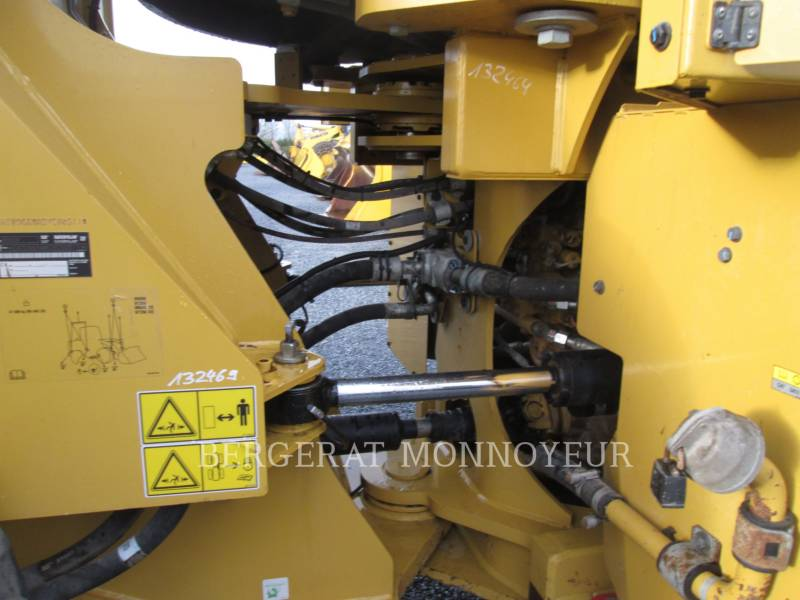 CATERPILLAR WHEEL LOADERS/INTEGRATED TOOLCARRIERS 966M equipment  photo 7