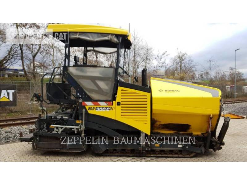 BOMAG ASPHALT PAVERS BF300C equipment  photo 3