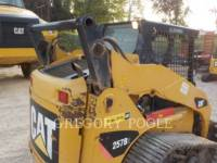 CATERPILLAR CARGADORES MULTITERRENO 257B equipment  photo 11