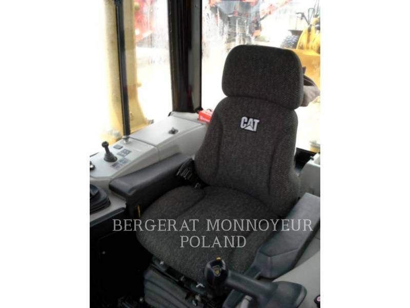 CATERPILLAR CIĄGNIKI GĄSIENICOWE D 6 N XL equipment  photo 9