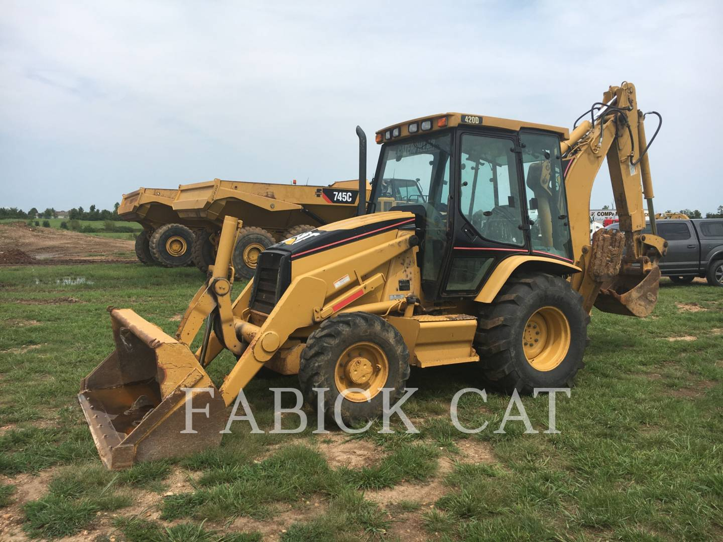 Detail photo of 2002 Caterpillar 420D from Construction Equipment Guide