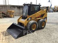 Equipment photo CATERPILLAR 242B3 CHARGEURS COMPACTS RIGIDES 1