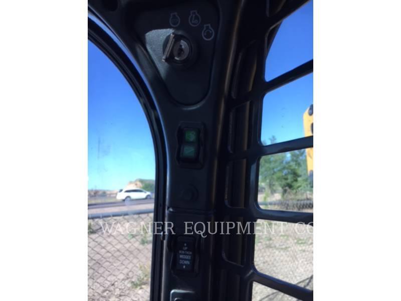 BOBCAT PALE COMPATTE SKID STEER S450 equipment  photo 9