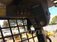 CATERPILLAR SKID STEER LOADERS 242B equipment  photo 13