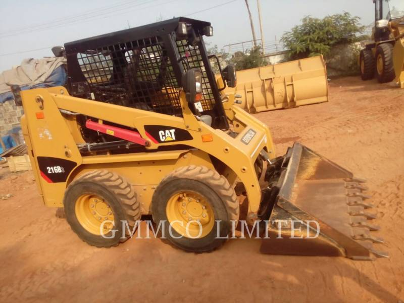 CATERPILLAR PALE COMPATTE SKID STEER 216B3LRC equipment  photo 3