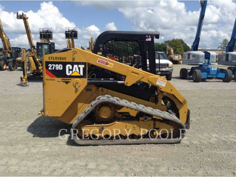 CATERPILLAR CHARGEURS TOUT TERRAIN 279D equipment  photo 8