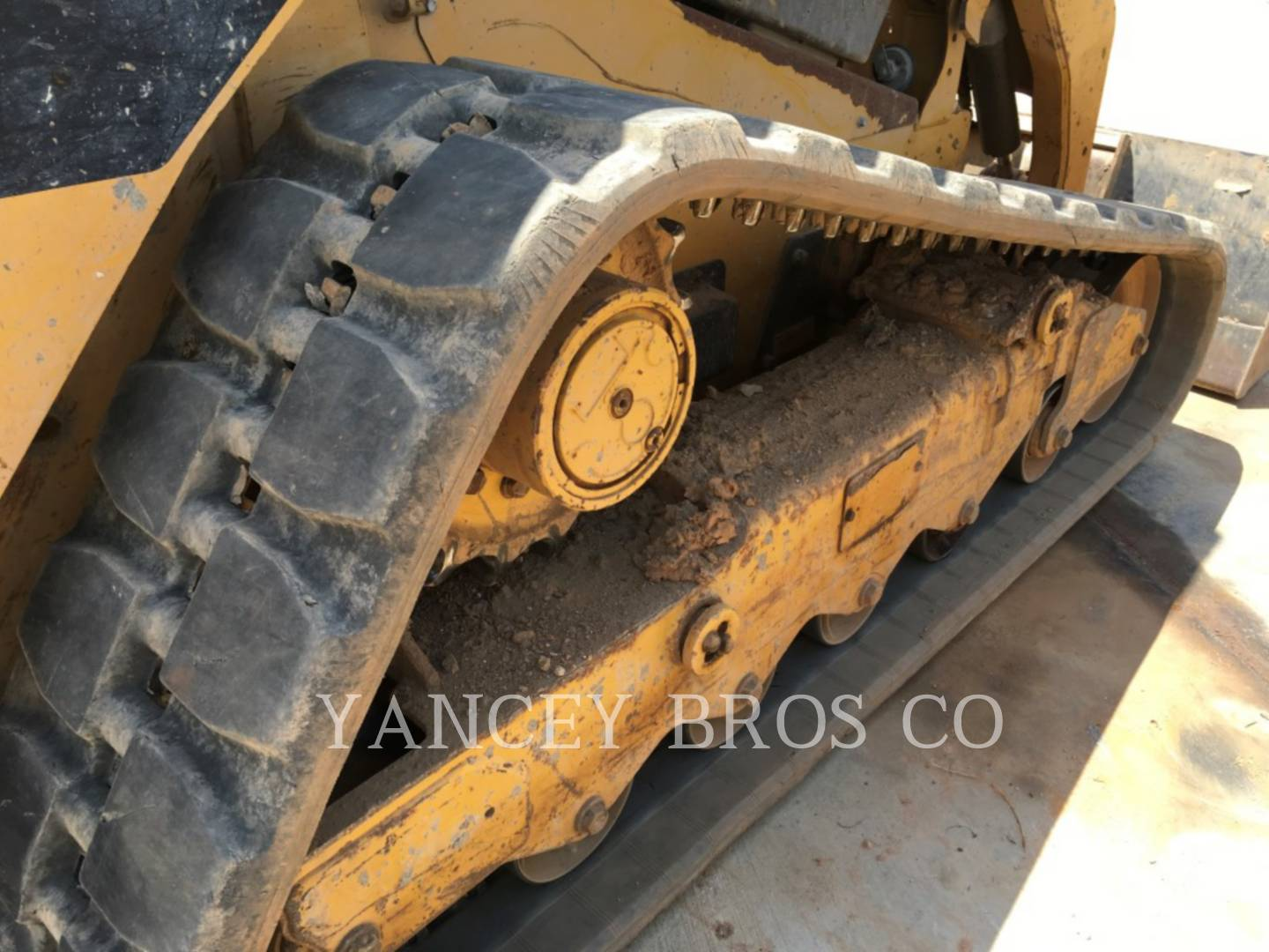 Detail photo of 2011 Caterpillar 289C from Construction Equipment Guide