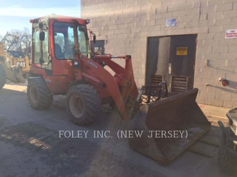 KUBOTA TRACTOR CORPORATION WHEEL LOADERS/INTEGRATED TOOLCARRIERS R520S equipment  photo 1