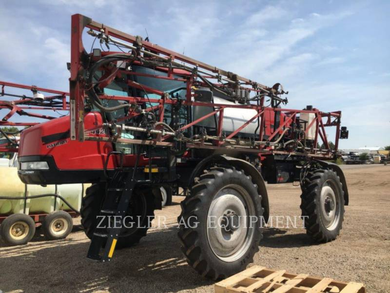 CASE/NEW HOLLAND PULVERIZADOR 4420 equipment  photo 1
