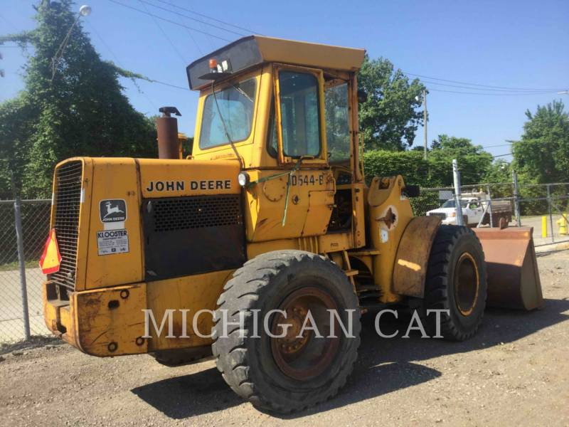 JOHN DEERE WHEEL LOADERS/INTEGRATED TOOLCARRIERS 544B equipment  photo 5