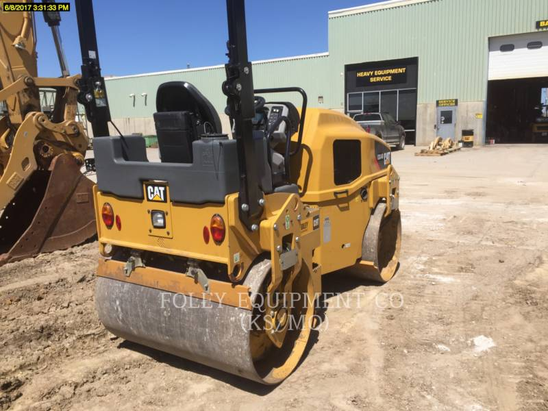 CATERPILLAR TAMBOR DOBLE VIBRATORIO ASFALTO CB34B equipment  photo 3