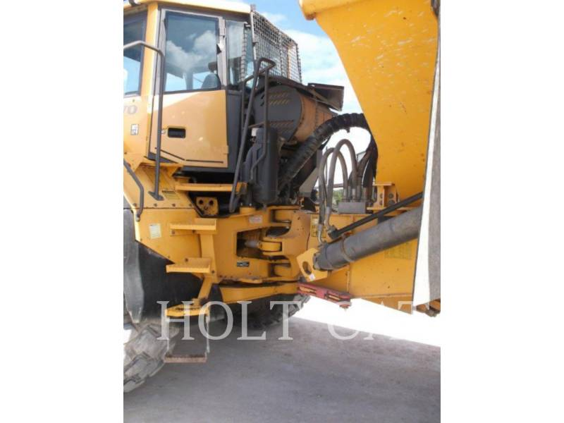 VOLVO KNICKGELENKTE MULDENKIPPER A40E equipment  photo 14