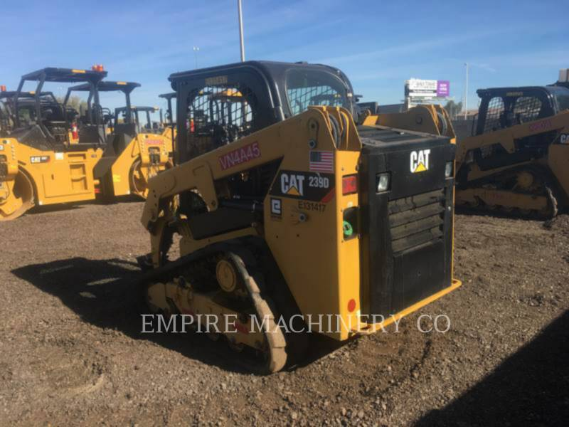 CATERPILLAR CHARGEURS COMPACTS RIGIDES 239D equipment  photo 3