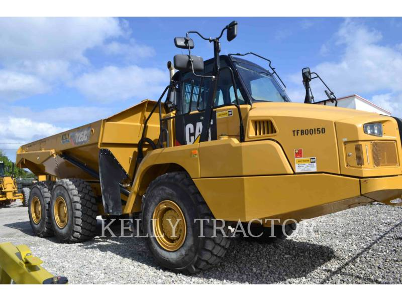 CATERPILLAR CAMINHÕES ARTICULADOS 725C equipment  photo 1