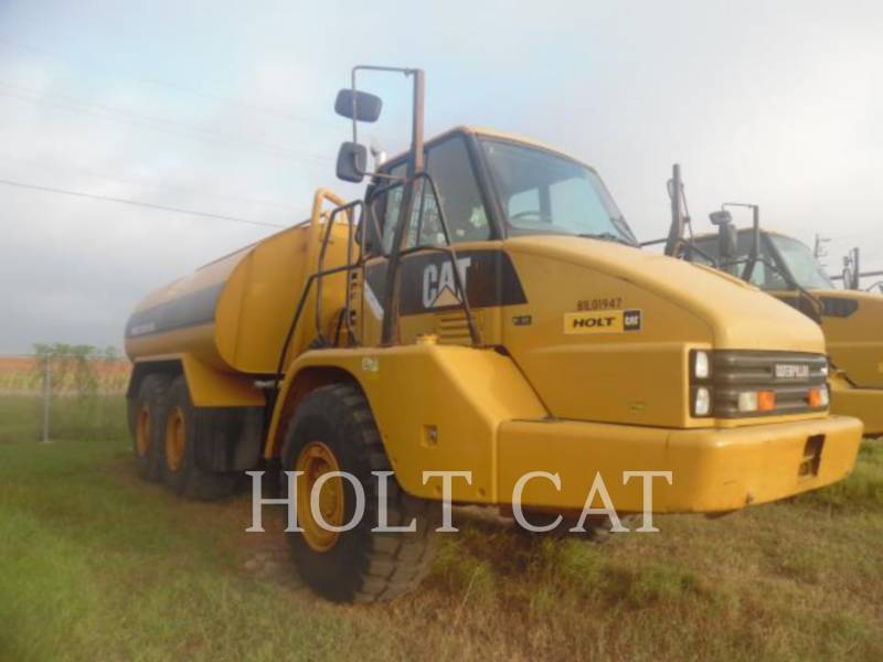 CATERPILLAR WATER TRUCKS W00 725 equipment  photo 1