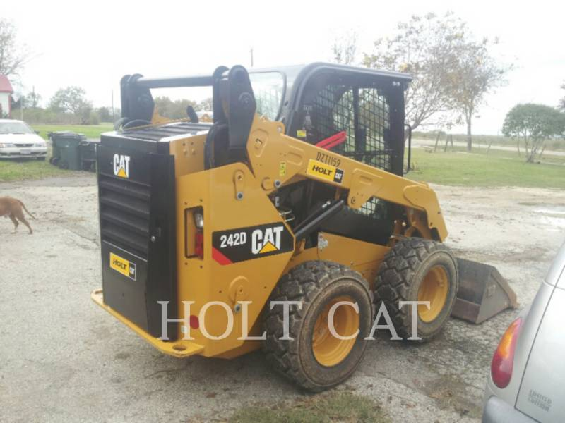 CATERPILLAR MINICARREGADEIRAS 242D CAB equipment  photo 3