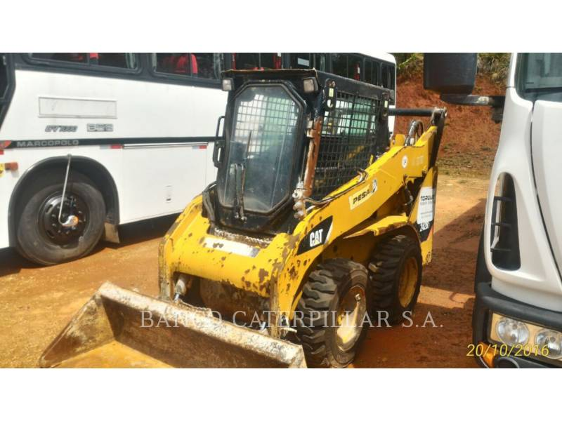 CATERPILLAR MINICARGADORAS 242B3 equipment  photo 11