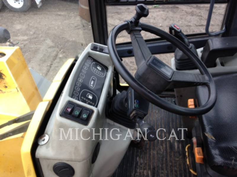 KOMATSU WHEEL LOADERS/INTEGRATED TOOLCARRIERS WA95-3 equipment  photo 16