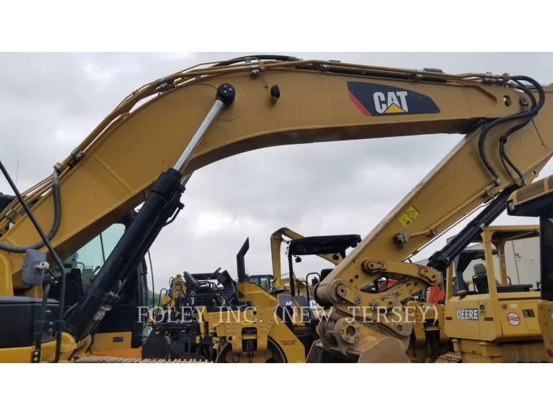CATERPILLAR TRACK EXCAVATORS 349EL TC equipment  photo 6