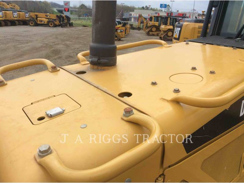 CATERPILLAR TRACK TYPE TRACTORS D6NLGP AG equipment  photo 23