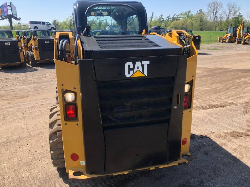 CATERPILLAR KOMPAKTLADER 236 D equipment  photo 10