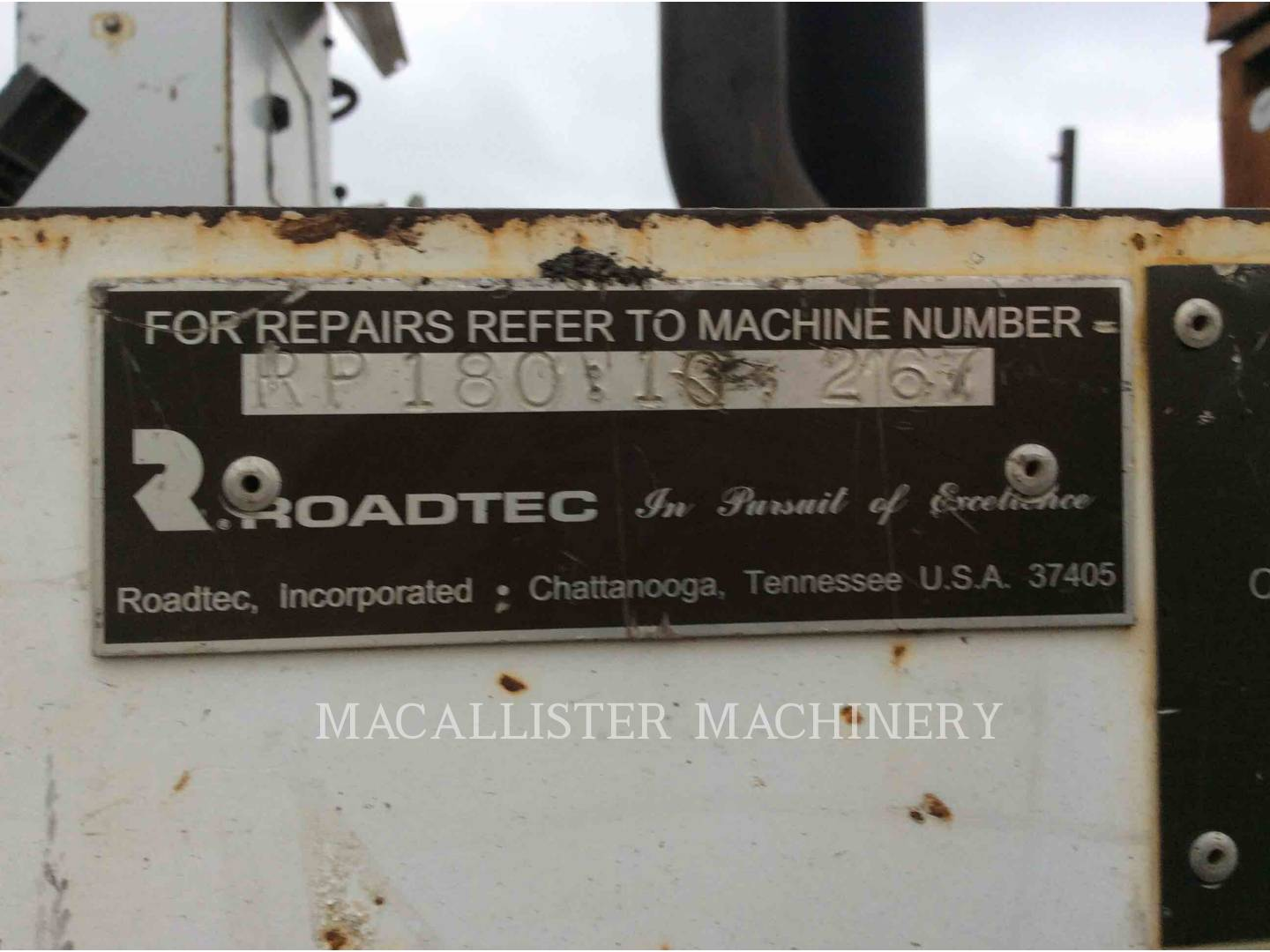 Detail photo of 2000 Roadtec RP180 from Construction Equipment Guide